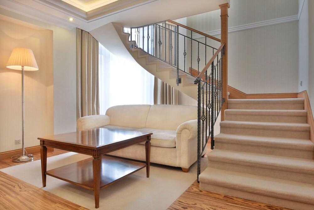 Duplex, 2 Bedrooms, Balcony, River View