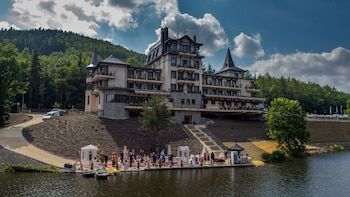 Wellness Resort Retro Riversid..