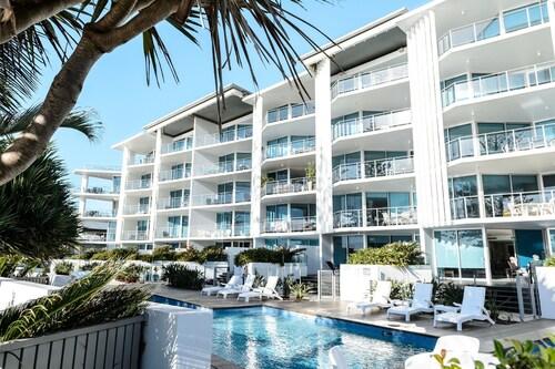 . C Bargara Resort