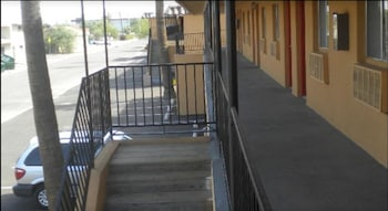Balcony at Payless Inn in Phoenix
