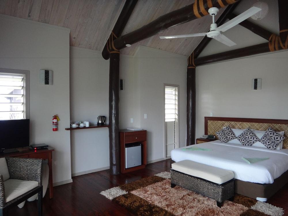https://i.travelapi.com/hotels/7000000/6390000/6389500/6389416/17499167_z.jpg