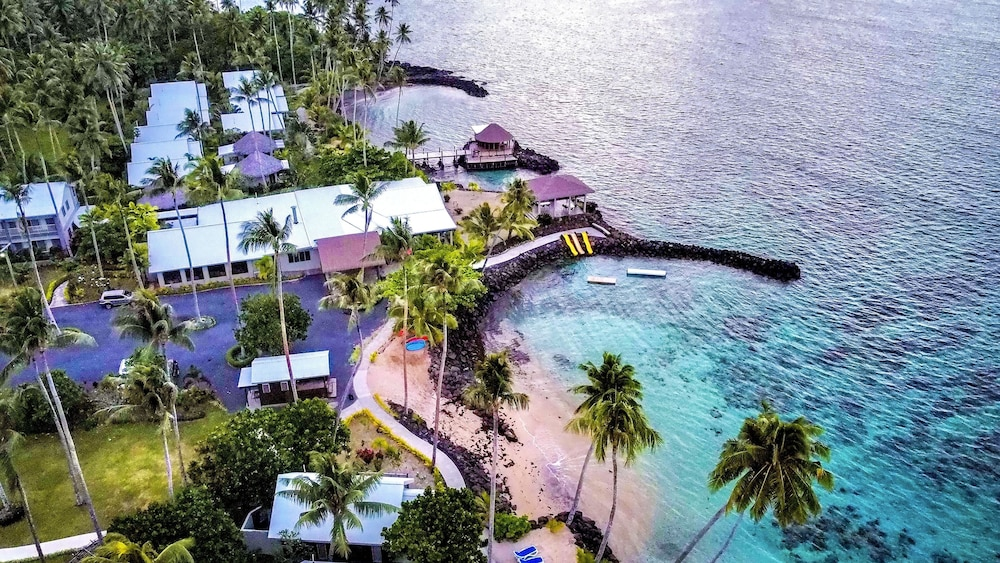 https://i.travelapi.com/hotels/7000000/6390000/6389500/6389416/47b0b287_z.jpg