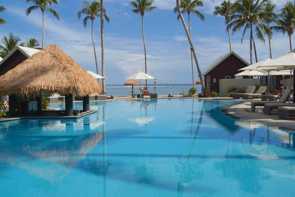 https://i.travelapi.com/hotels/7000000/6390000/6389500/6389416/f097a0bd_z.jpg