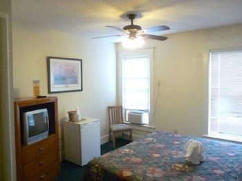 Standard Room, 1 Queen Bed, Ocean View
