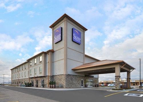 . Sleep Inn & Suites & Conference Center