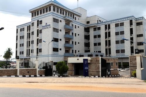 __{offers.Best_flights}__ Owu Crown Hotel