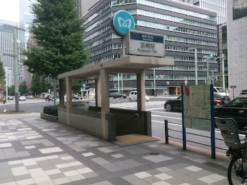 APA HOTEL GINZA-KYOBASHI Exterior detail