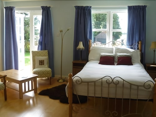 Arisaig B&B, Perthshire and Kinross