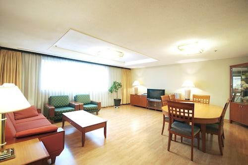 The Grand Suite, Seodaemun