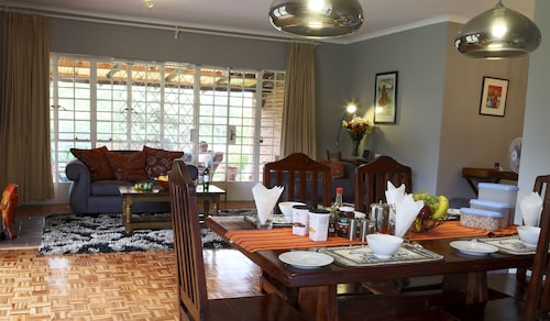 Sunbird Guest House, Harare