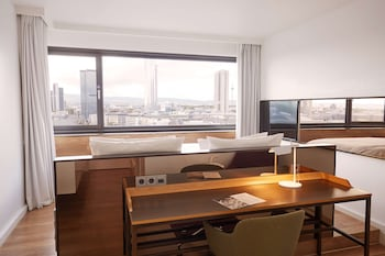 Superior Double Room, City View