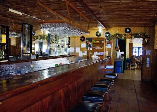 . Hotel Guadaira Resort