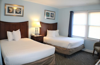 Standard Room, 2 Double Beds, No View Indicated