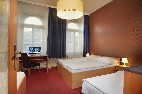 Hotel Brixen, Praha 2