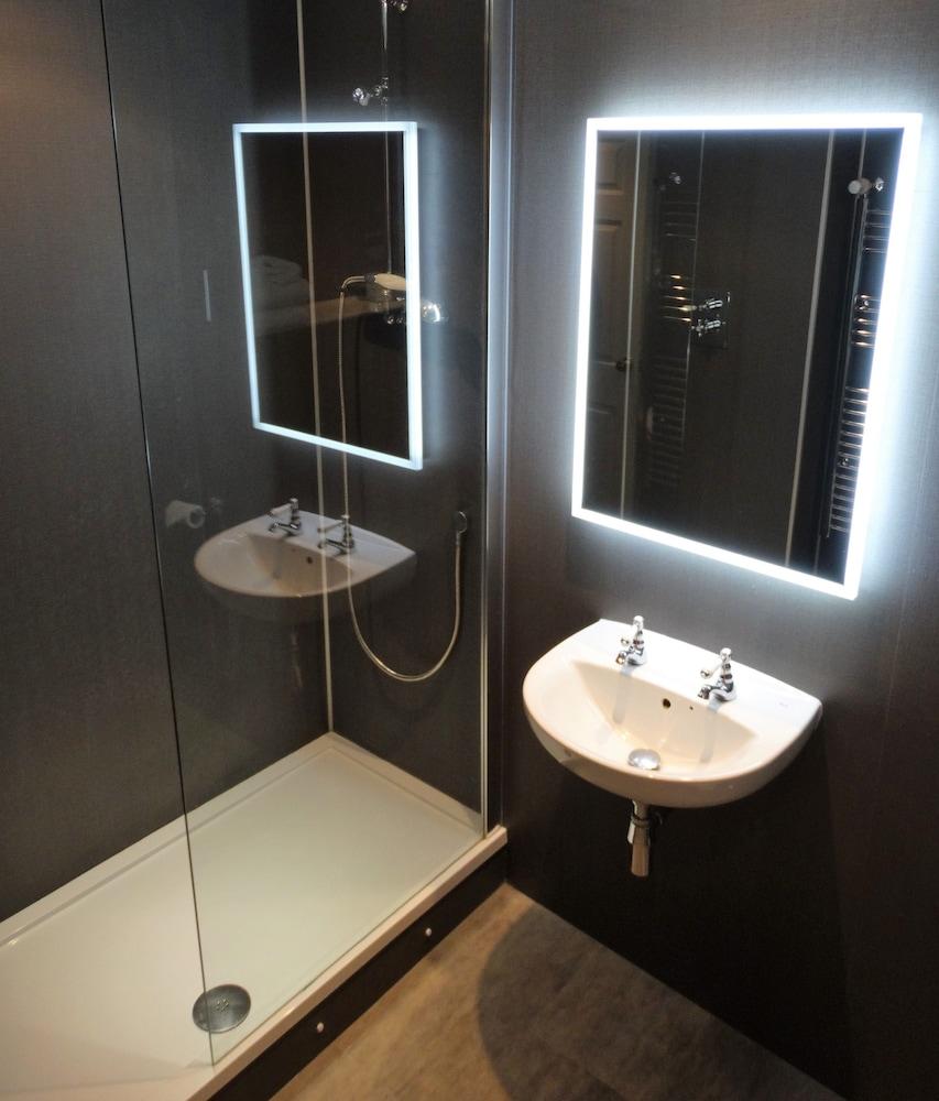 캔틀리 하우스 호텔(Cantley House Hotel) Hotel Image 13 - Bathroom