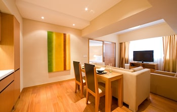 Hotel - CHI Residences 314