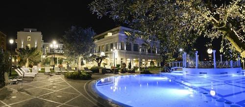 __{offers.Best_flights}__ Grand Hotel da Vinci