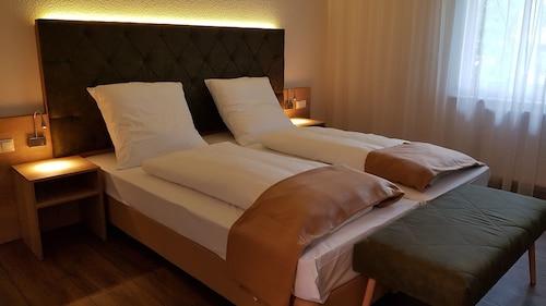 . Kräuterhotel Heidejäger