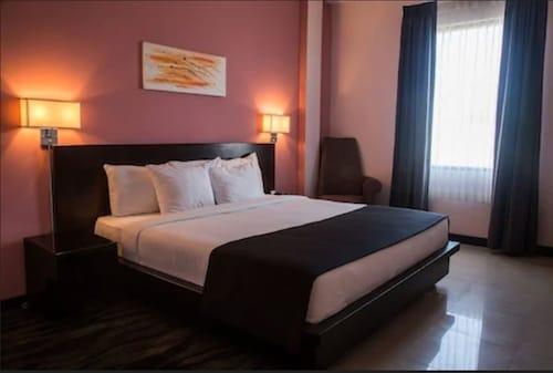 . Regent Star Hotel