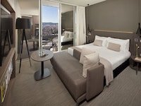 The Level Grand Premium City View