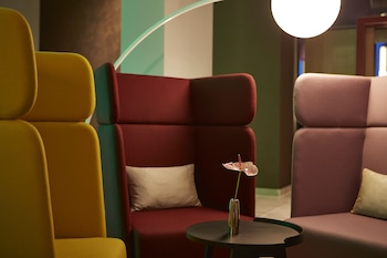 Steigenberger Hotel Am Kanzleramt - Lobby Sitting Area  - #0
