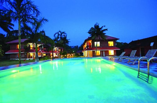 Leisure Vacations Goldfield Lake Resort, Kottayam