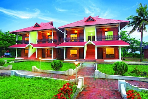 . Leisure Vacations Goldfield Lake Resort