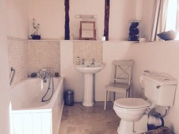 Woodend Farm House - Bathroom  - #0