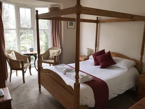 . The Abbey Inn