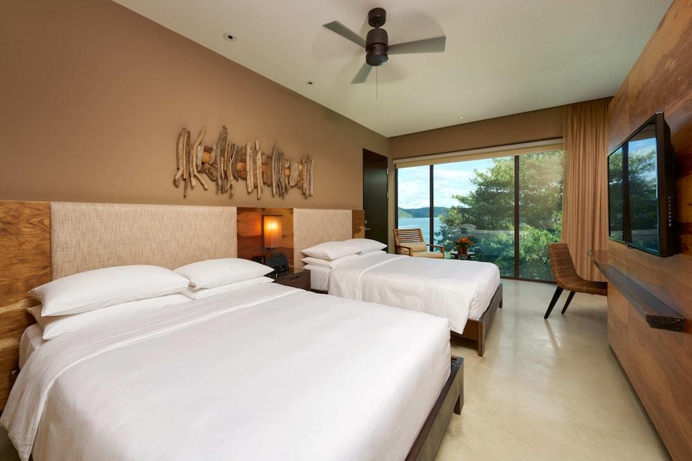 https://i.travelapi.com/hotels/7000000/6480000/6476700/6476638/6007a06f_z.jpg