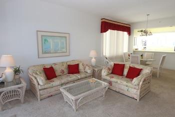 Standard Condo, 2 Bedrooms, Garden View
