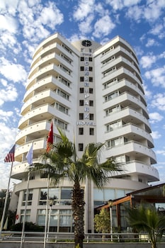 Hotel - The Corner Park Hotel