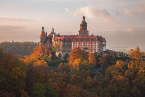 . Hotel Przy Oślej Bramie - Zamek Książ