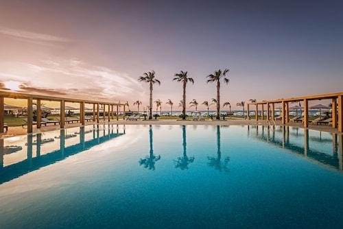 . Mitsis Alila Resort & Spa – All Inclusive