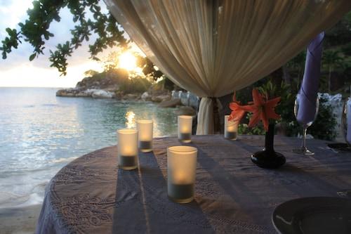 . Minang Cove Resort & Spa