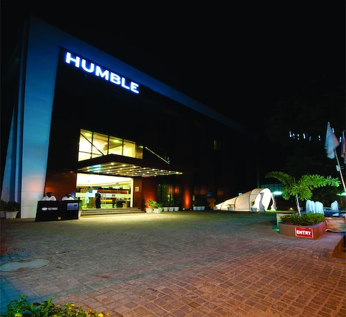 __{offers.Best_flights}__ Humble Hotel Amritsar