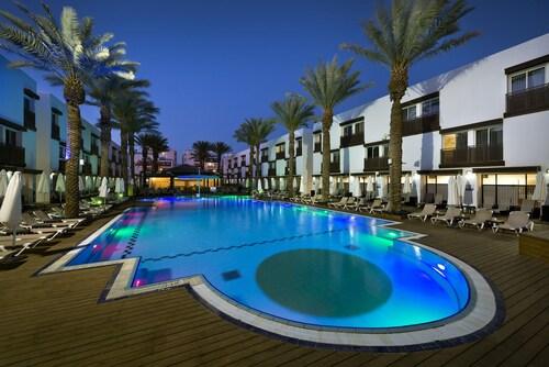 La Playa Plus Hotel,
