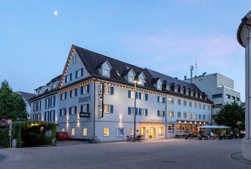 . Hotel Messmer