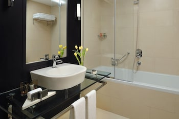 モーベンピック ホテル ジュメイラ レイクス タワーズ