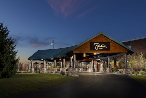 Tailwater Lodge Altmar, Tapestry Collection by Hilton, Oswego