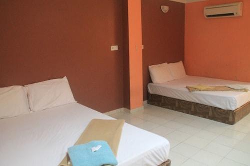 New Wave Banting Hotel, Kuala Langat