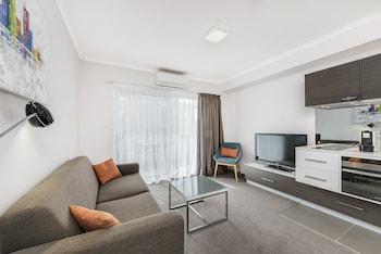 Hotel - Abode Tuggeranong
