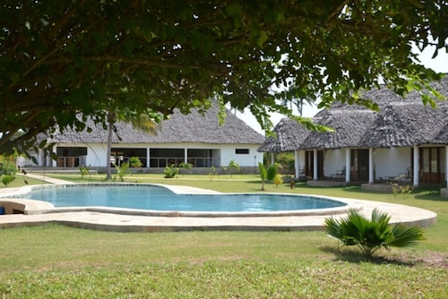 . Diani Bay Resort