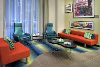 Lobby at Courtyard by Marriott New York Manhattan / Chelsea in New York