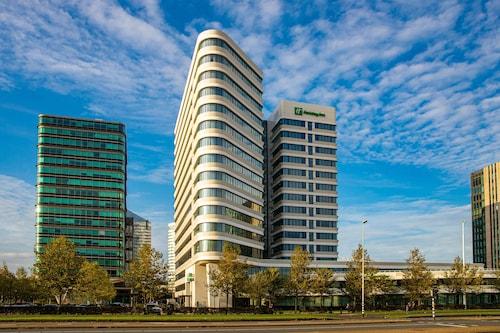. Holiday Inn Amsterdam - Arena Towers, an IHG Hotel