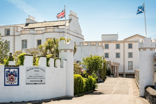 . North West Castle Hotel