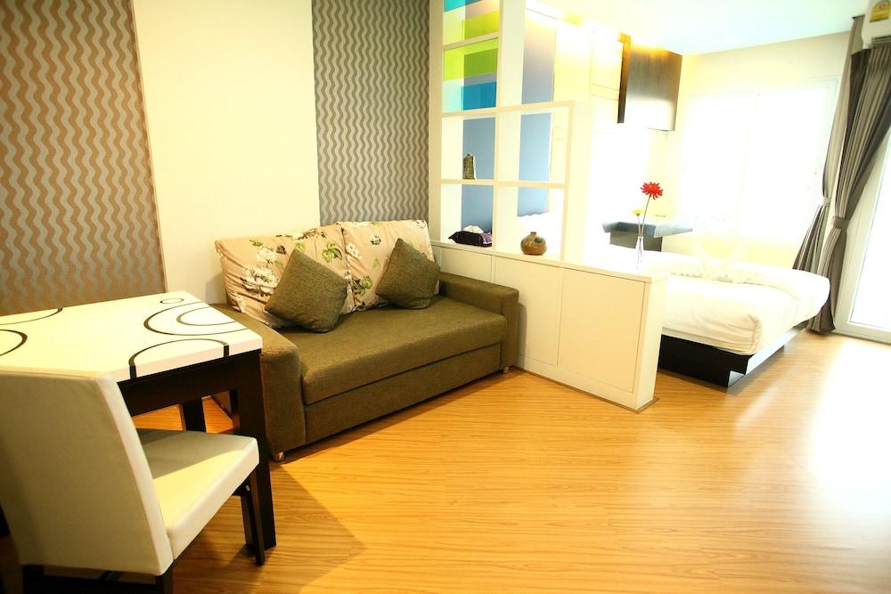 The Sunreno Serviced Apartment, Bang Kho Laem