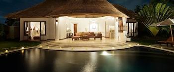 Hotel - The Alam Villa