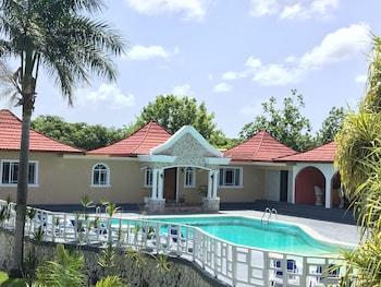 Hotel - Coral Seas Garden Resort