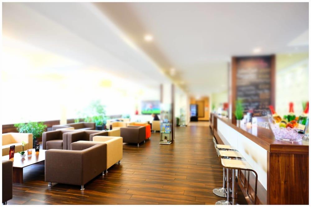 Motel Plus Berlin, Featured Image